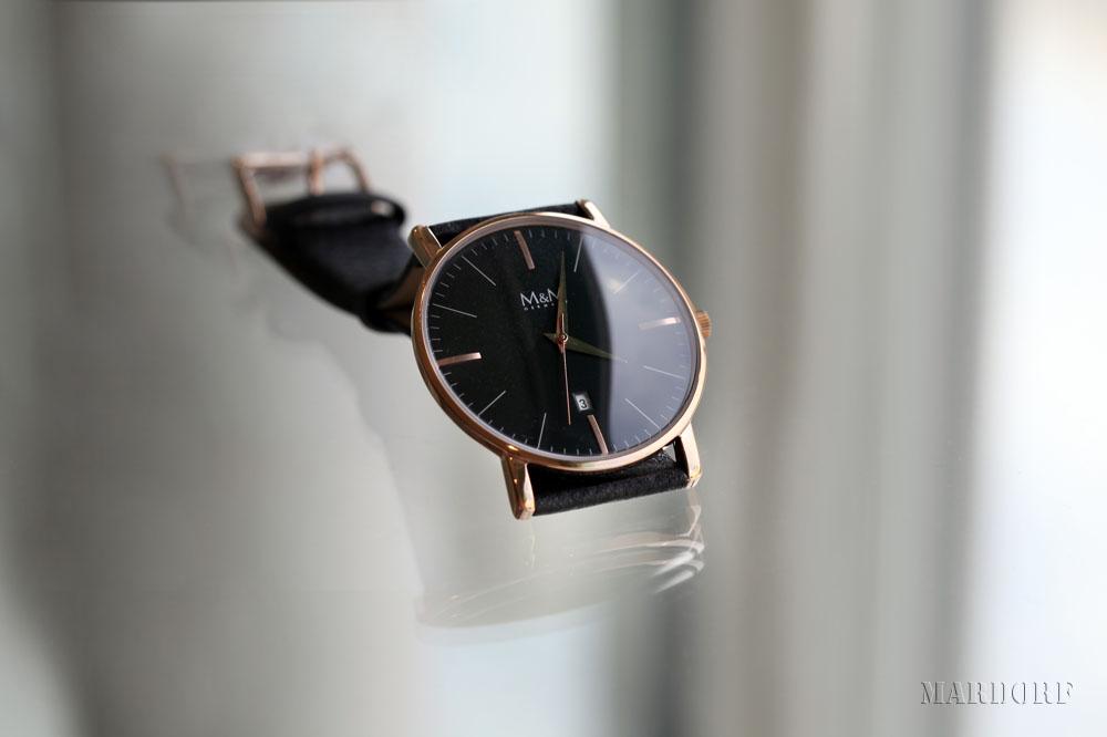 Armbanduhr vomLederarmband vom Juwelier Tobias Mardorf in Villingen Schwenningen