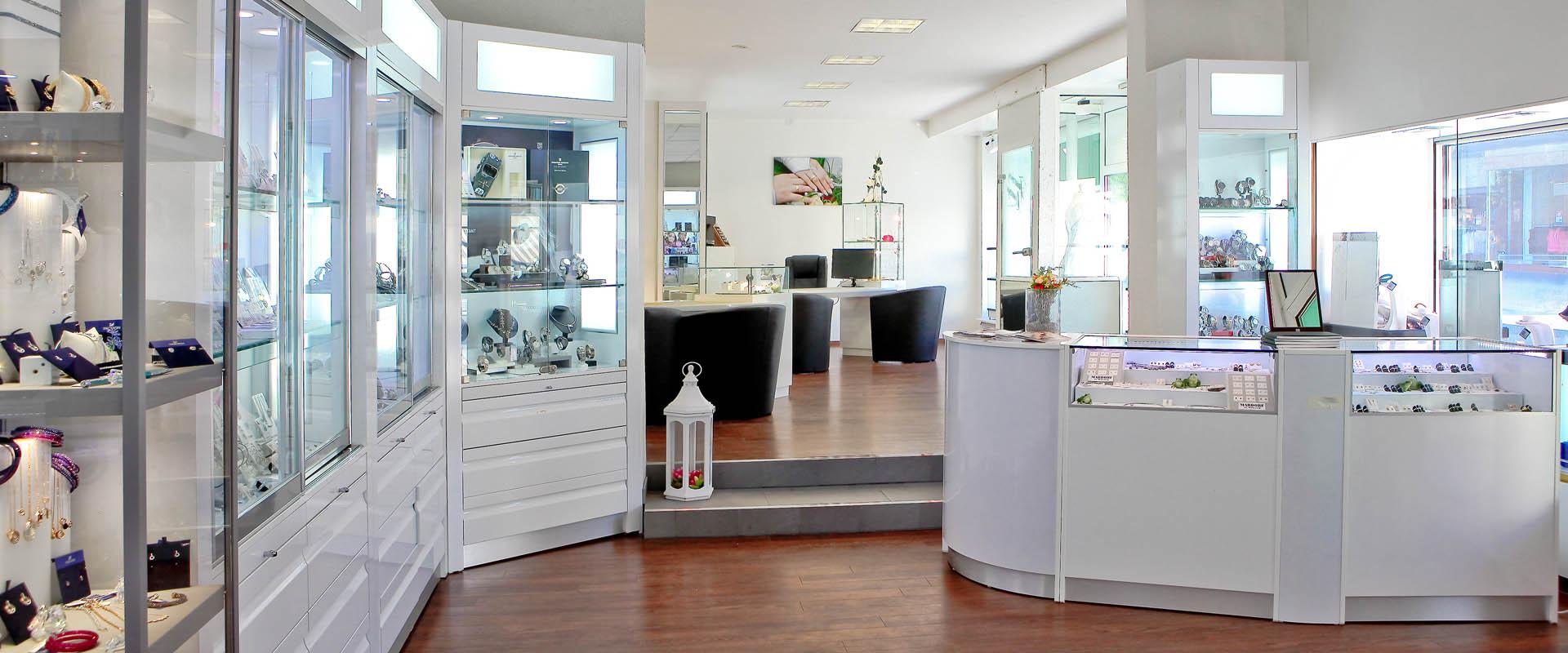 Beratung beim Juwelier Tobias Mardorf in Villingen-Schwenningen